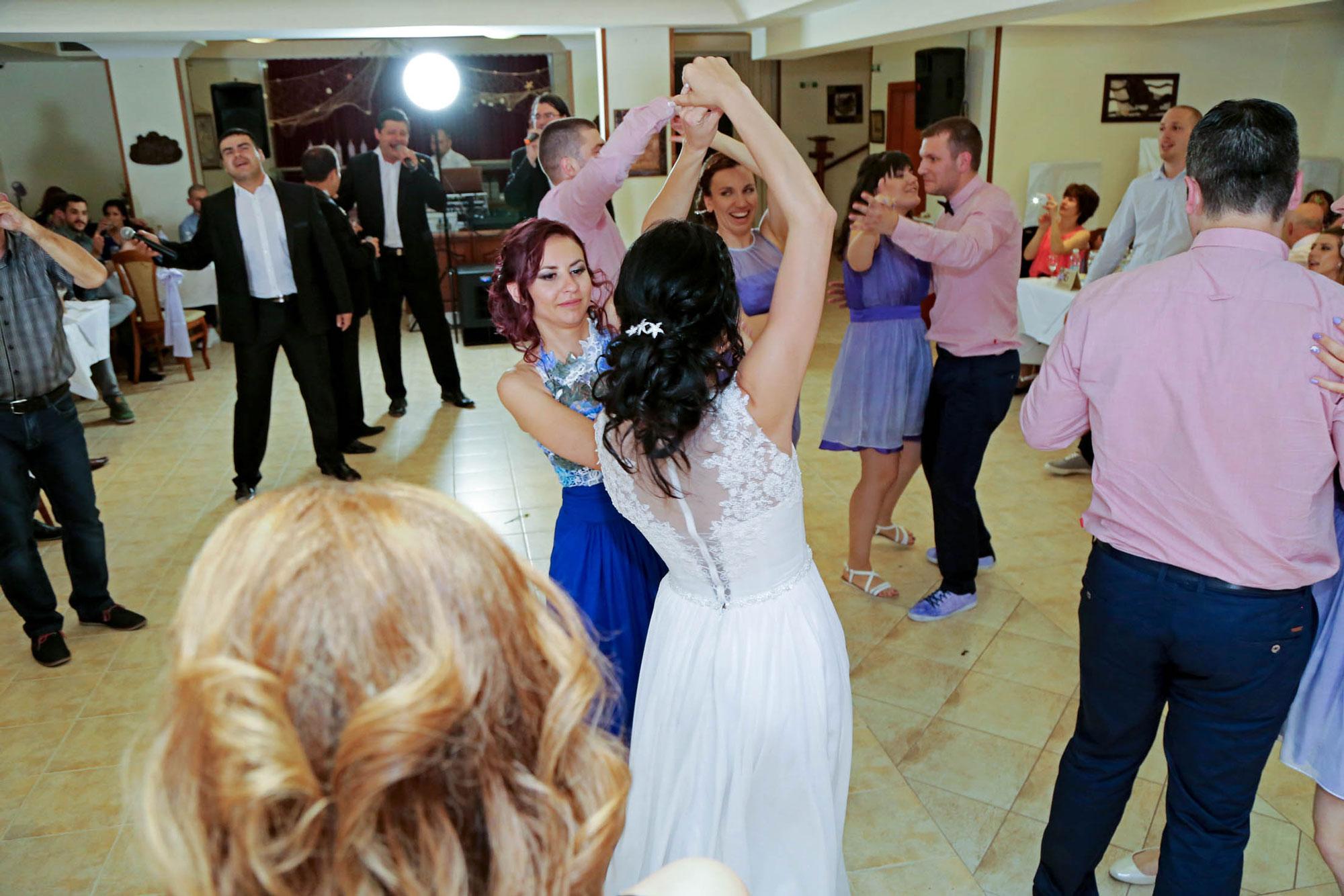 Фантастична сватба